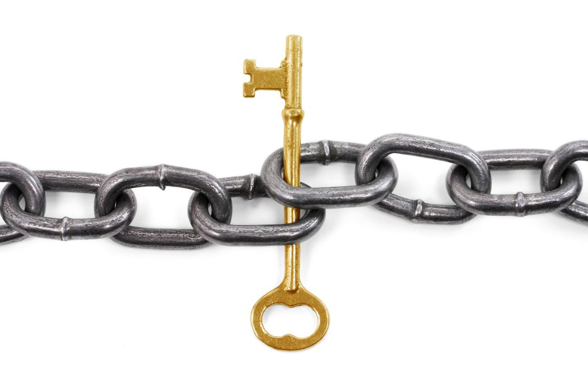 Golden Link in Chain Image